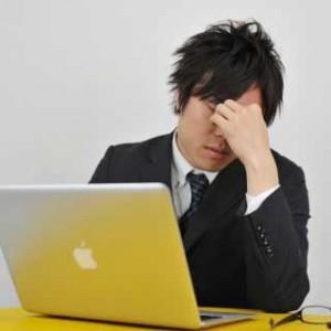 仕事中の眠気の原因は?
