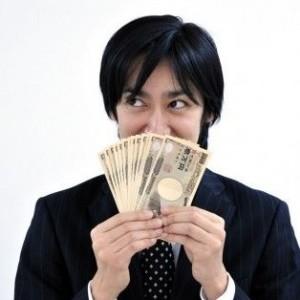 増えるビジネスマンの副業!稼いでいる人は具体的にどんな方法で…?